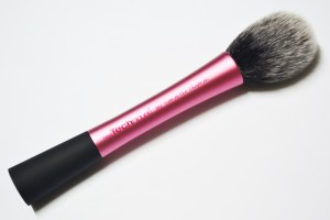Real-Techniques-Blush-Brush-9